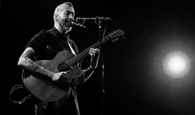 Jon Gomm Acoustic Singer Songwriter Signs To Kscope